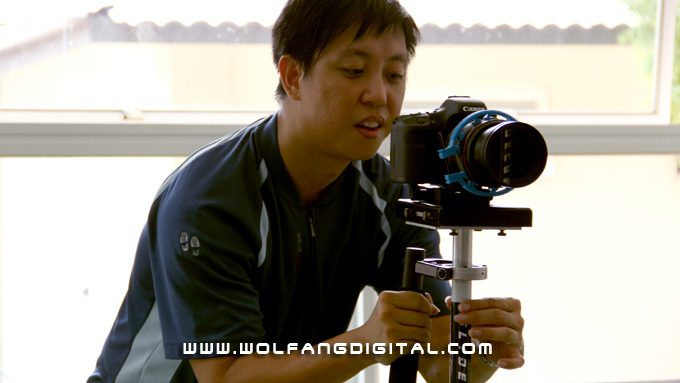 Baron demonstrates a handheld low angle tracking move with the Glidecam 4000 Pro.