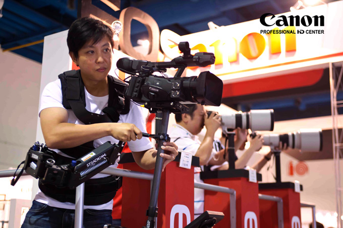 Steadicam Pilot ($7,000) + Canon XF 305 ($10,000). I'm wearing a total of $17,000 worht of gear!