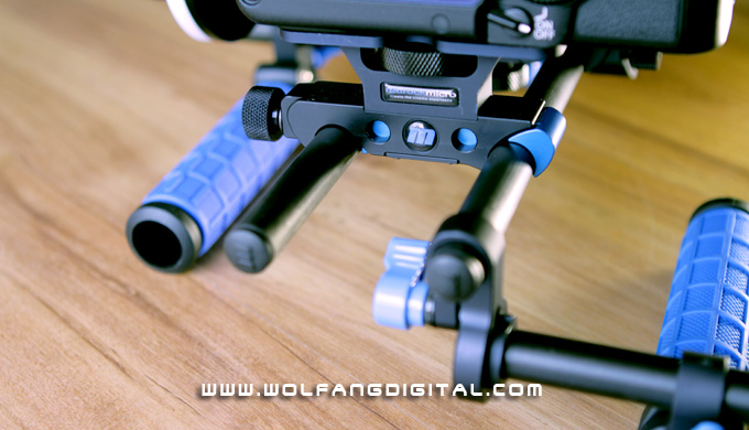 The DSLR Baseplate seen here grips the camera in a vice and bonds it to the carbon fiber rods